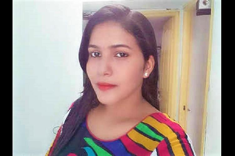 Singer set on fire in Hyderabad dies her husband absconding