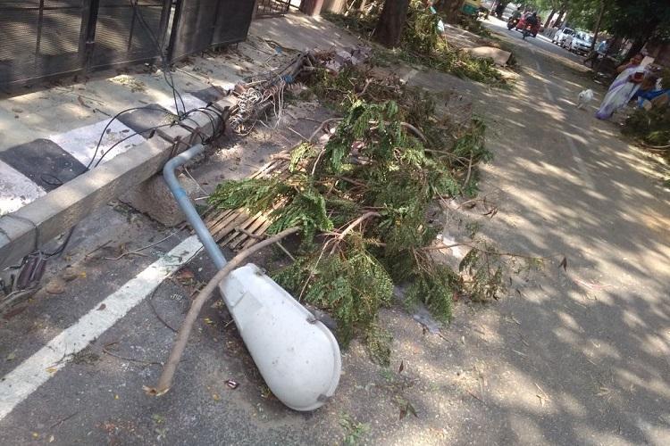 100 families stuck without power for 2 days in Bluru neighbourhood