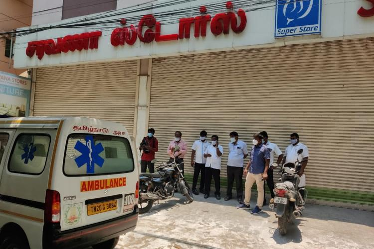 Saravana stores outlet in Purasaiwalkam which has been closed due to COVID-19 infections