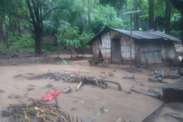 2-year-old girl feared washed away in flash floods near Pollachi in TN