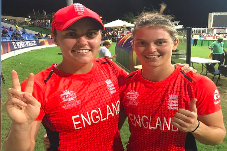 Sloppy India lose to England to crash out of ICC womens World T20