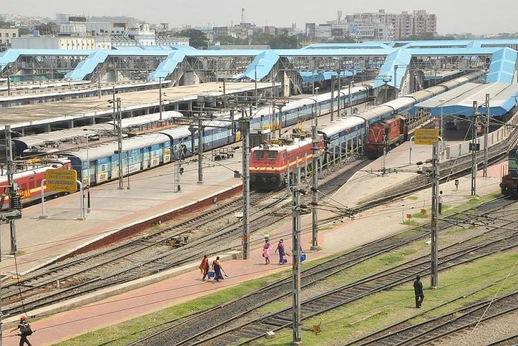 Hoax bomb call triggers panic at Secunderabad station police register case