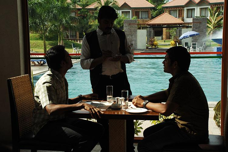 To pay or not Decoding the ambiguity about service charge in restaurant bills