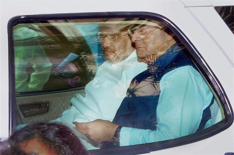 BJP president Amit Shah FM Arun Jaitley visit TN CM Jayalalithaa at Apollo Hospital