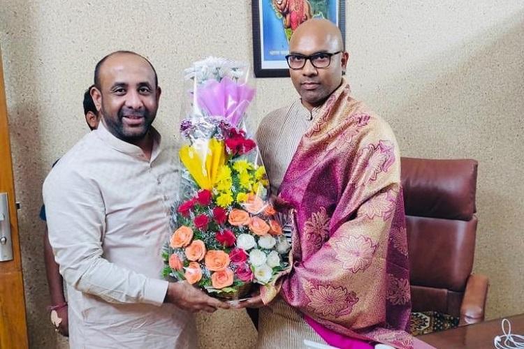 TRS MLA Shakeel Ahmed meets BJP MP Arvind triggers speculation