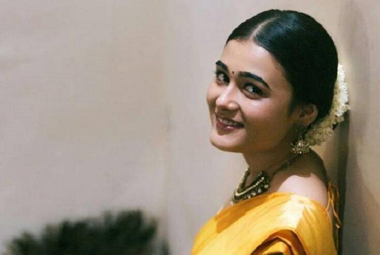 Shalini Pandey of Arjun Reddy fame to team up with Jiiva next
