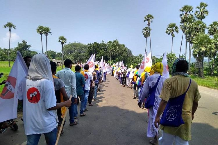 Tribals begin Shanti Padayatra from Andhra village appeal to Maoists for peace