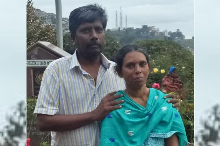 In Coimbatore a doctor protested next to his dead wife to close a liquor bar