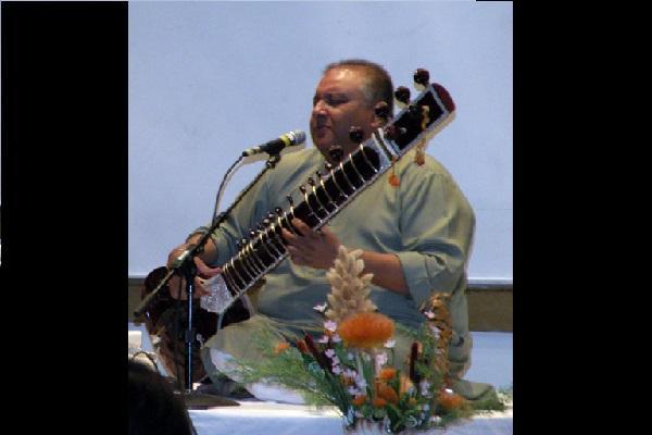 Bollywood uninspiring damaging Indian folk music Sitarist Shujaat Khan
