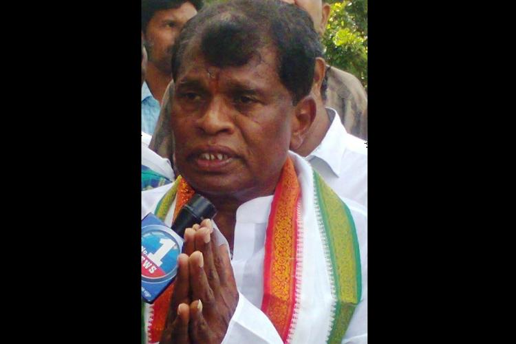 SIT to probe death of Telangana Cong leader Rajaiahs family members in fire accident