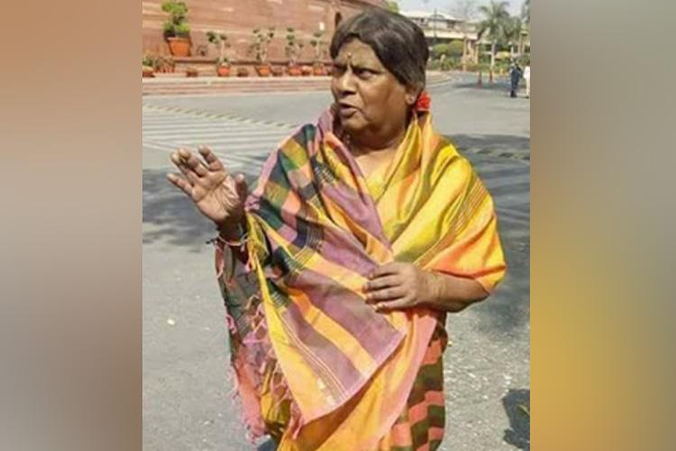 Protesting in a saree TDP MP Siva Prasad accuses Centre of cheating Andhra women