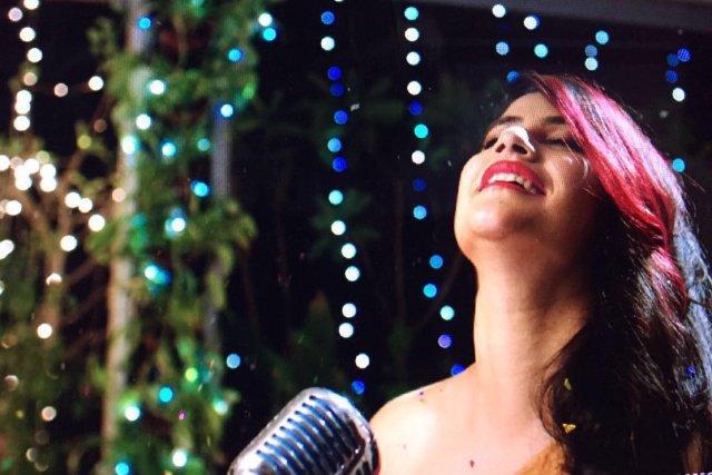 Bhai-trolls endless abuse Now attack singer Sona Mohapatra for criticizing Salmans rape remark