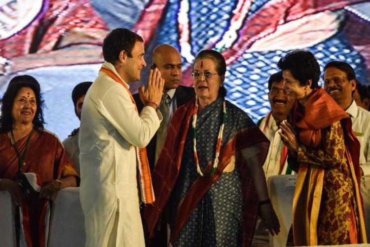 TRS failed Telangana Sonia Gandhi slams KCRs party at election rally