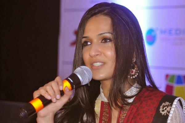 Soundarya Rajinikanths next movie will be with Dhanush