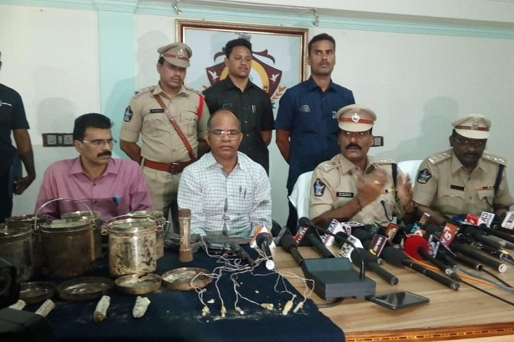 Six landmines unearthed in Donubai forest in Andhra