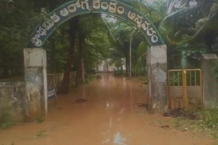 Flash floods in Andhra as Nagavali Kalyani rivers breach their banks