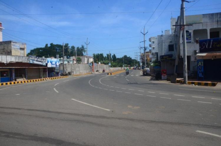 A deserted highway in Srikakulam