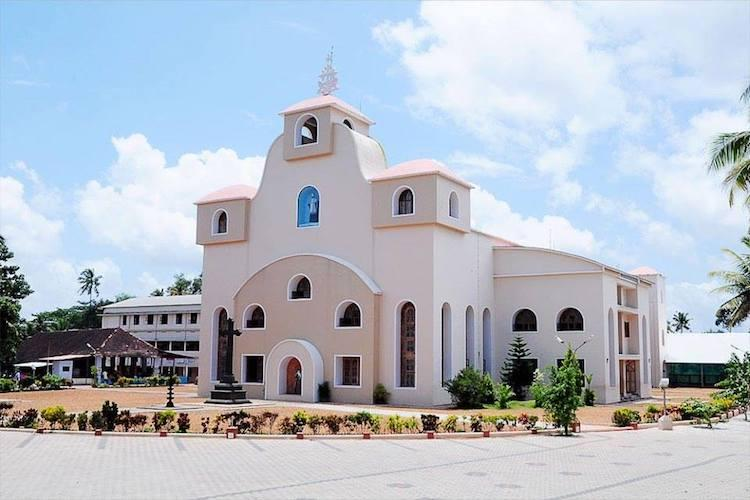 After locking priests in their rooms burglars steal Rs 4 lakh from Kerala church