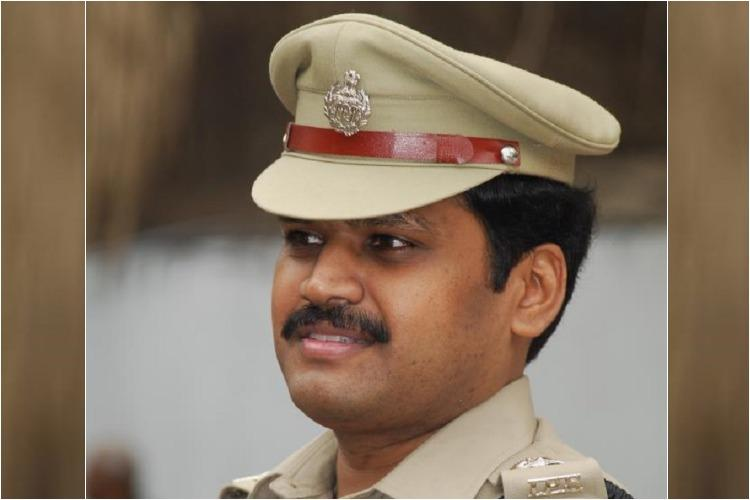Jagan likely to pick Telangana top cop Stephen Ravindra as Andhra