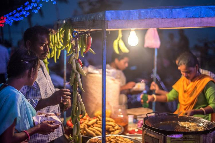 Union govt partners with Swiggy to take street food vendors online