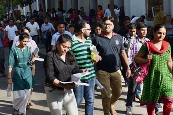 Supreme Court gives green light to common medical entrance NEET from 2016