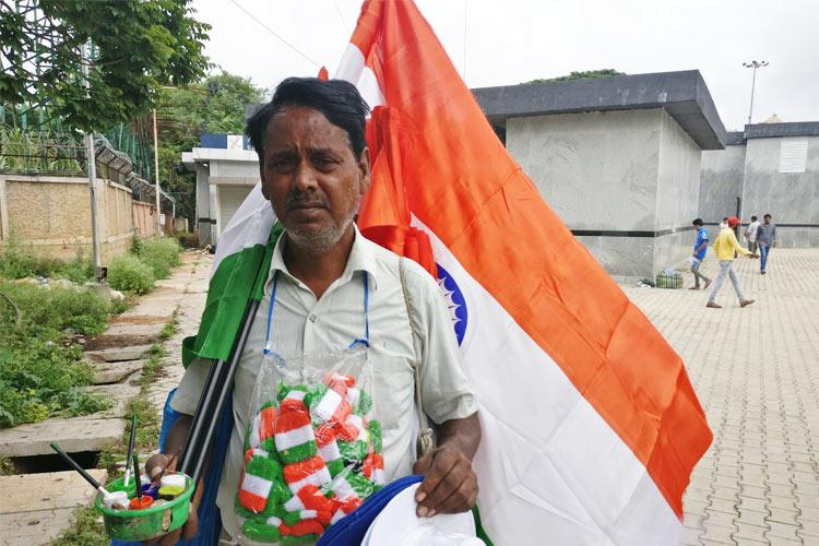 Indias cricketing nomads Meet the people who sell merchandise outside stadiums