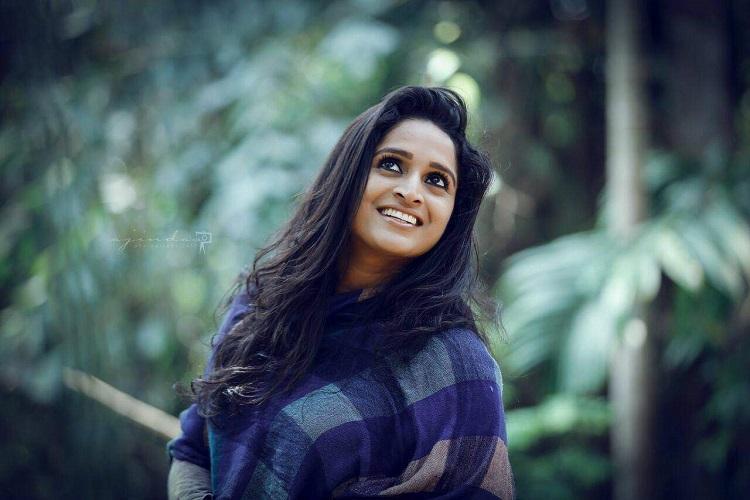 Surabhi stunned by National Award victory