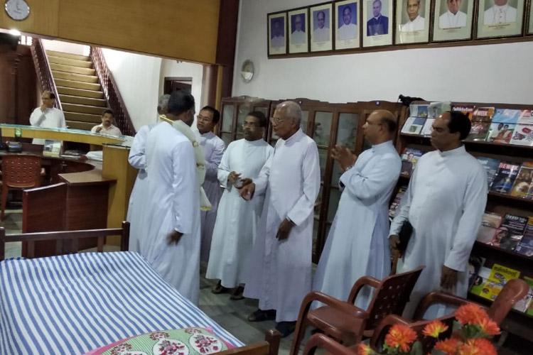 Remove Cardinal Alencherry Kerala church priests start indefinite hunger strike