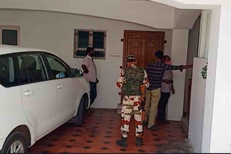 IT raids in Tamil nadu DMK leaders houses