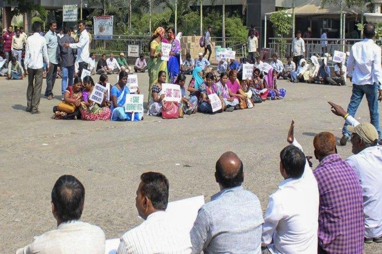 Private bus operators in Telangana hired during TSRTC strike now plan similar protest