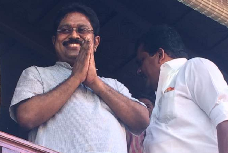 TTV Dhinakaran returns home from Tihar jail to rousing reception from AIADMK cadres