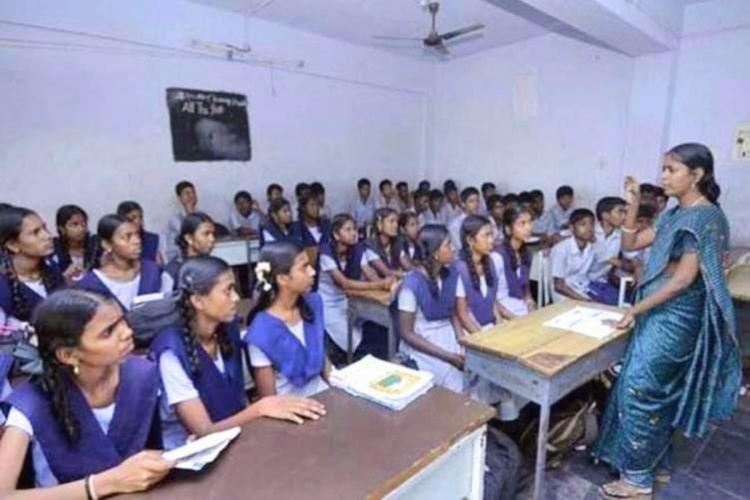 Teacher in Tamil Nadu school used as representative image for article on why India needs to learn from Tamil Nadu when it comes to the National Education Policy NEP 2020