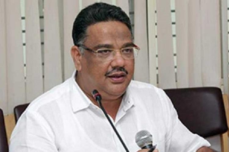 Pro-Kannada group asks for Ktaka Education Minister to be fired for not supporting the language