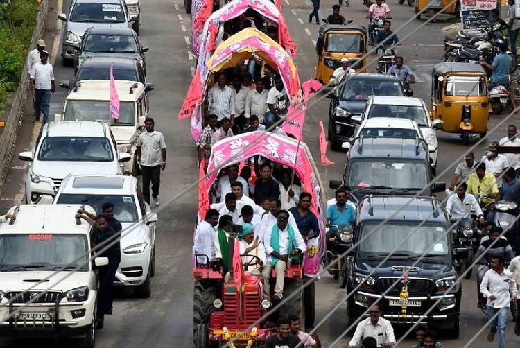 Start to Hyd airport 2 hours earlier Traffic advisory ahead of TRS meet