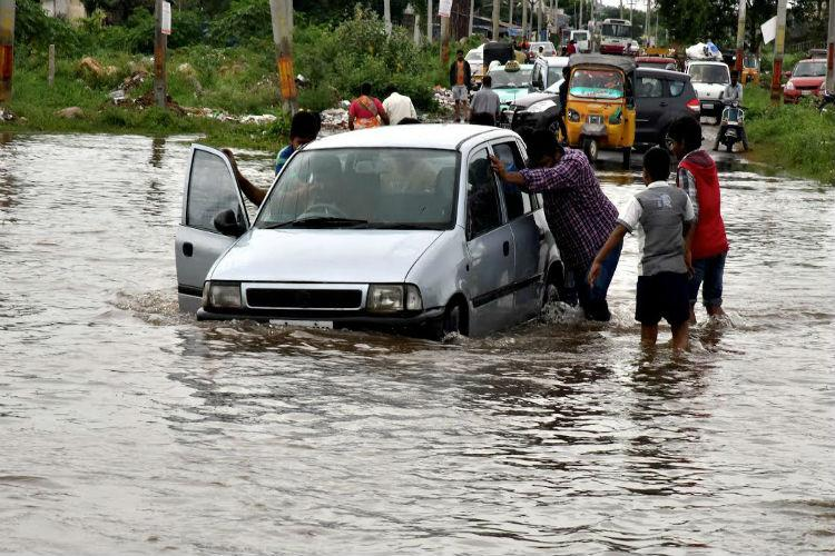Flood alert sounded in Telangana as Godavari overflowing due to heavy rains