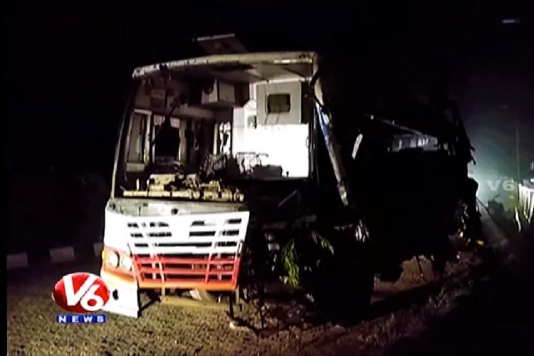 Five killed in Telangana accident after bus hits lorry on Vijayawada-Hyd highway