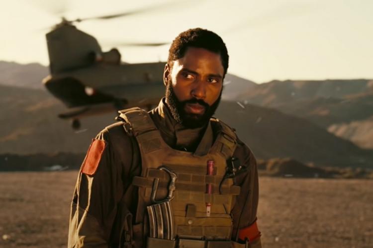 Tenet trailer screengrab showing a helicopter and actor John David Washington
