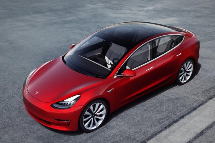 Hackers win Tesla car for exposing system error in vehicle during hacking event