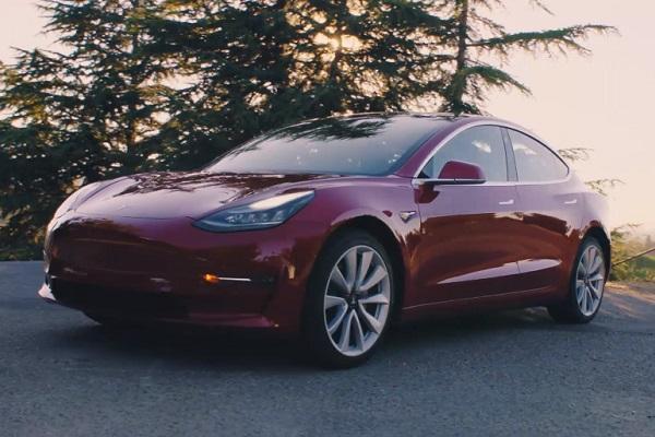 Tesla to raise 15 billion to fund production of Model 3 sedan