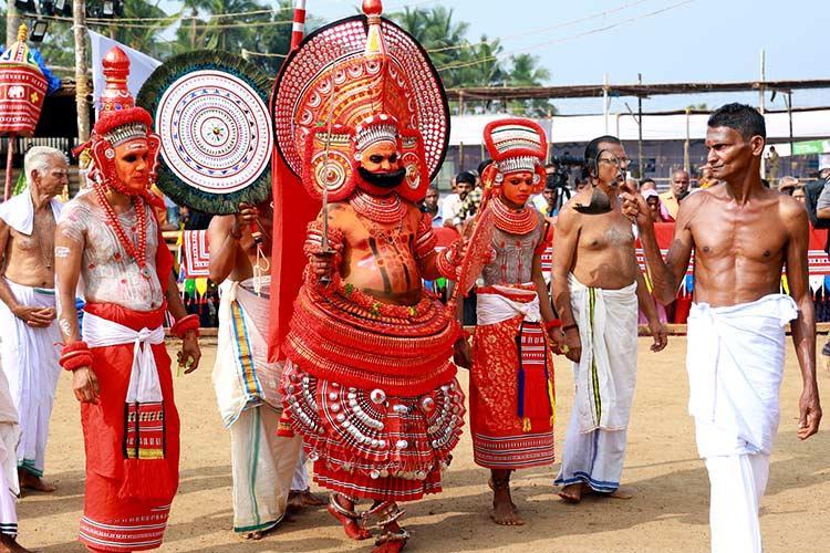 This Kasaragod village celebrates Perumkaliyattam in Theyyam season after 700 years