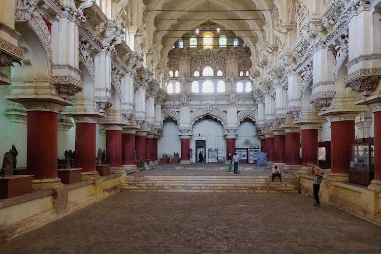 Visiting the iconic Thirumalai Nayakkar Mahal Madurais prized 17th century palace
