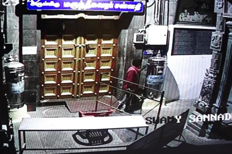 Devout thief steals from Chennai temple but offers prayer to the deity first