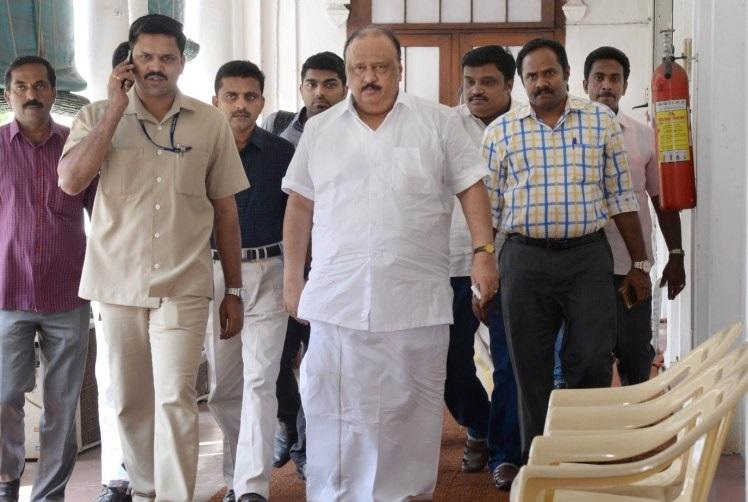 With Thomas Chandy saga CPI shows its the opposition within Keralas ruling coalition