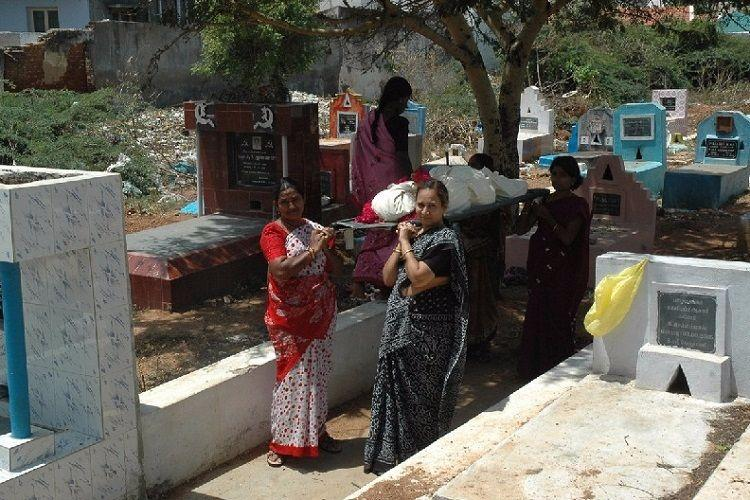 This Coimbatore trust works to give the citys abandoned dead and dying people their dignity