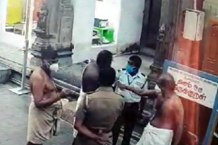 Tamil Nadu temple priest hits Dalit security guard for denying to provide main gate keys without the permission of the concerned authorities