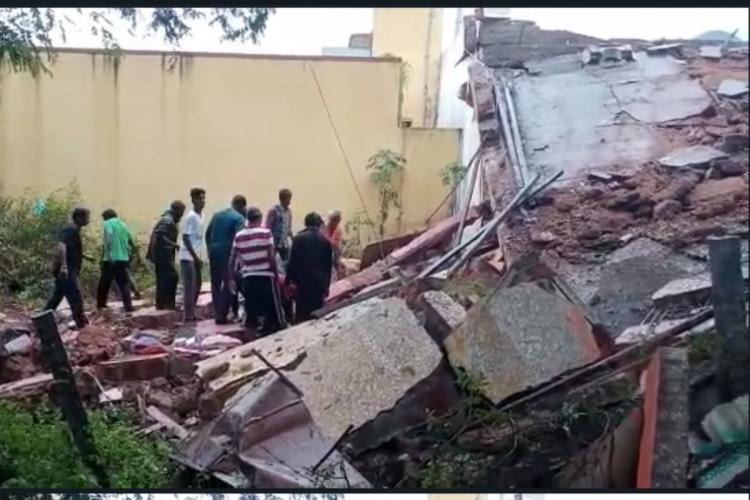 LPG cylinder blast triggers wall collapse killing 3 and injuring 4 in TN