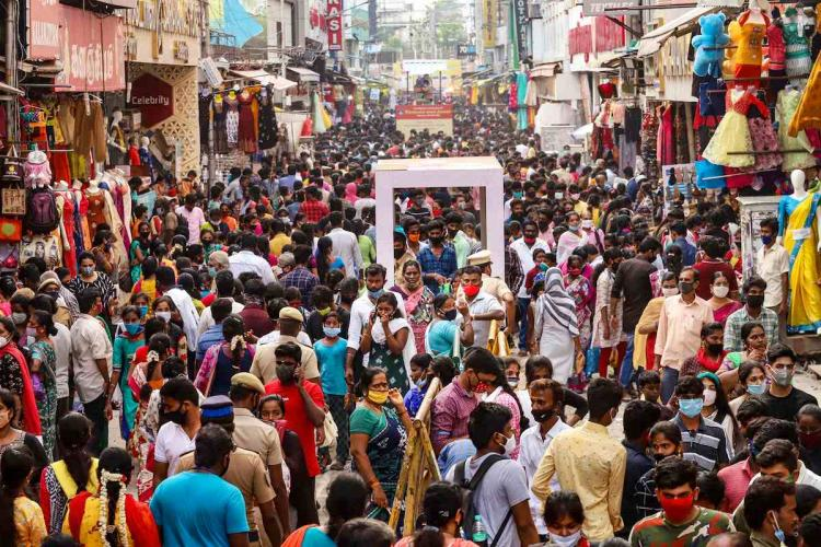 Chennai Corporation police beef up surveillance in T Nagar to regulate shoppers