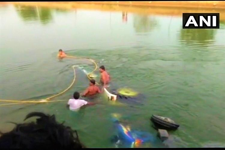 9 dead several injured after tractor plunges into canal in Telangana