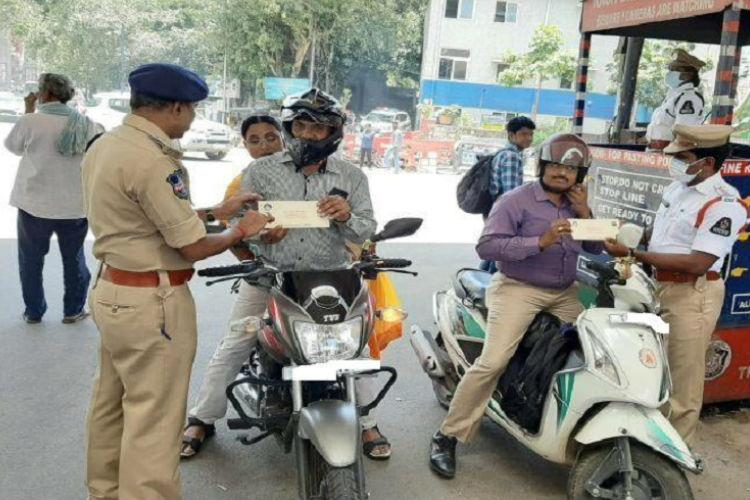 Motorists can show docs in Digilocker during traffic checks Bluru cops U-turn