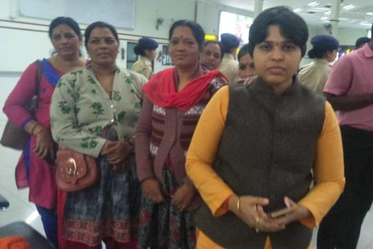 Forced to leave amid protests, Trupti Desai to visit Sabarimala unannounced